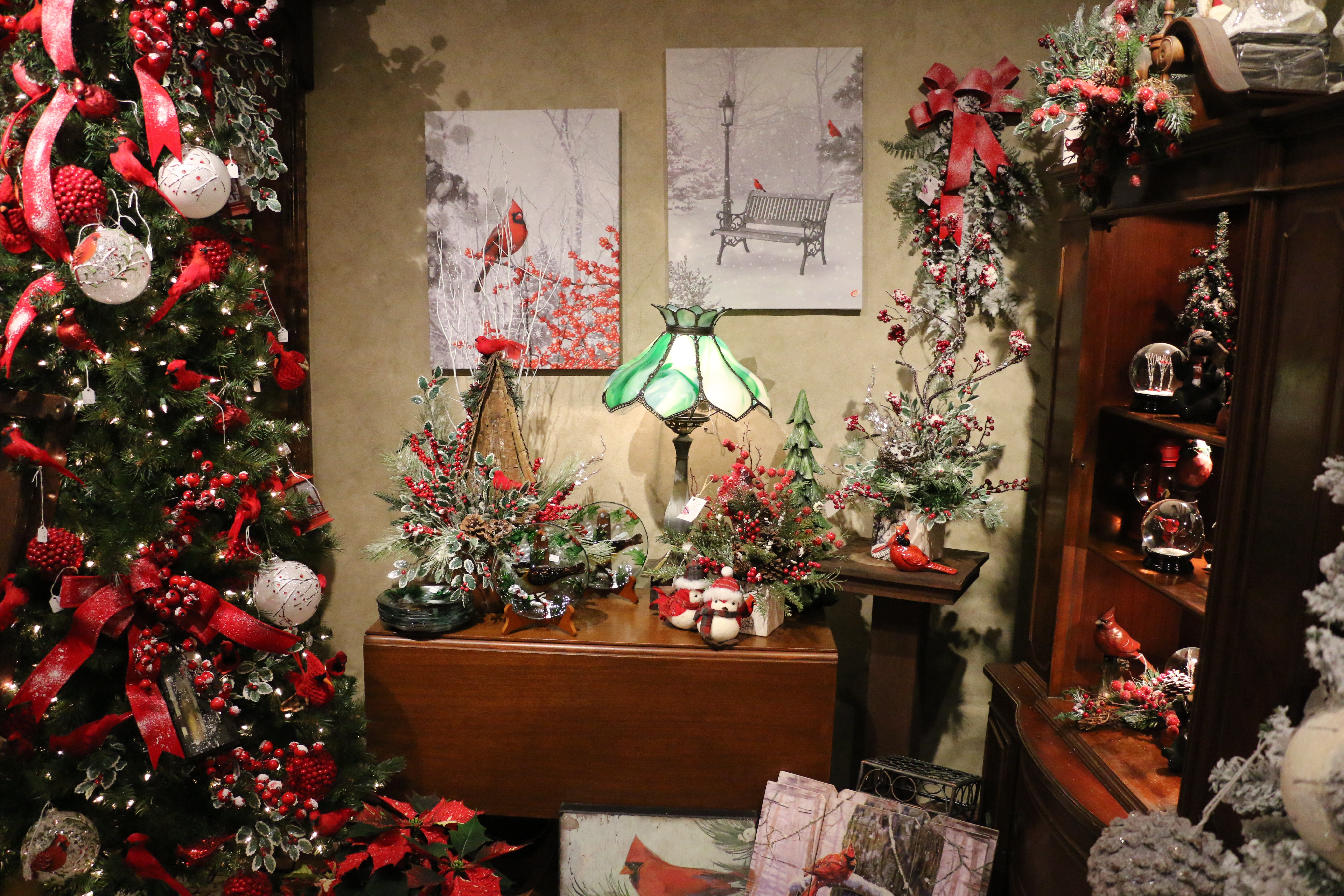 Gift Shop - Pioneer Evergreen Farms